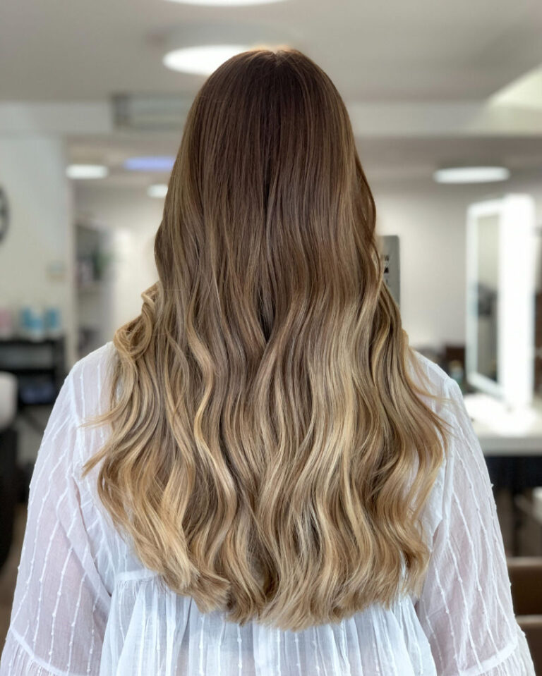 The_Colorist_Coiffeur_Meilen_Balayage_Blond